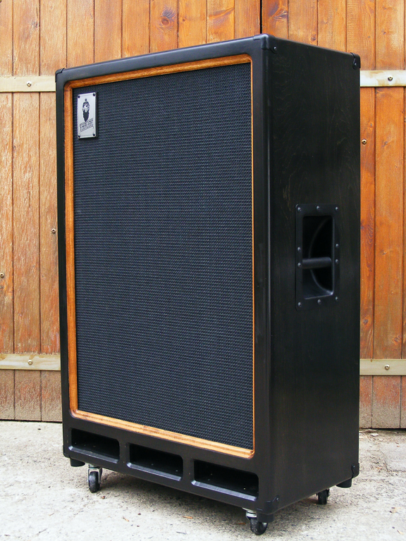 THRONE Custom | Handcrafted Guitar & Bass Cabinets